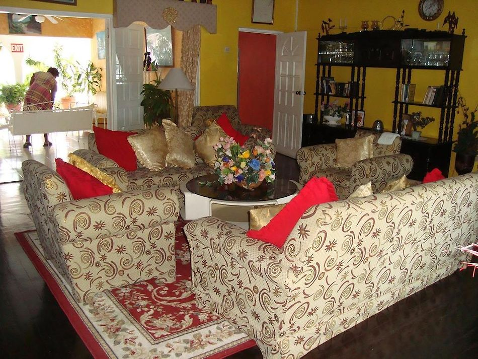 Pink Hibiscus Villa Montego Bay Great Accommodation Options In